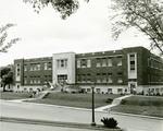 Doran Student House (image 06)