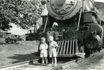 Unidentified People (image 02) by Morehead & North Fork Railroad Company